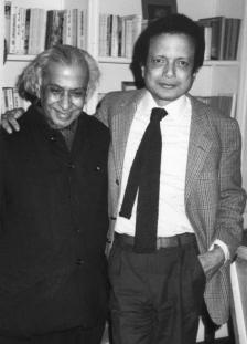 1981 : en compagnie de l'écrivain indien Raja Rao lors de la soirée Lawrence Durrell.