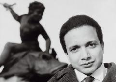 1959 : arrivé à Paris 8 ans auparavant, il vient de créer avec Anaïs Nin la revue bilingue Two Cities.